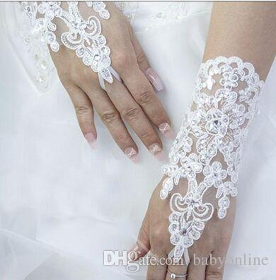 2017 Hot Selling White Ivory Wedding Bridal Gloves Lace Crystals Luxury Fingerless Short Wrist Length Gloves for Bride In Stock CPA227 Cheap