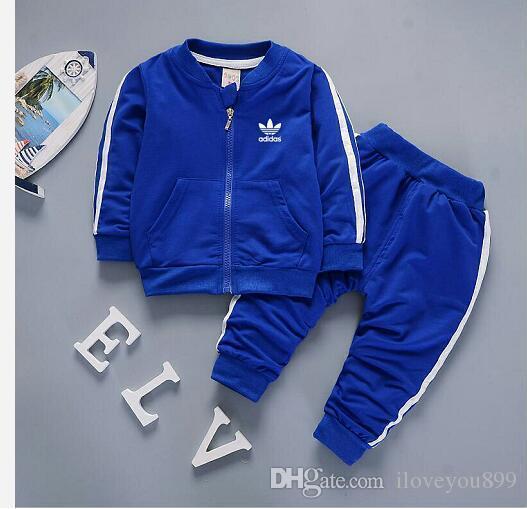 Marca bebê meninos e meninas fatos de treino crianças treino fatos infantis T-shirt calças 2 pçs / sets crianças roupas venda quente nova moda verão AD-099