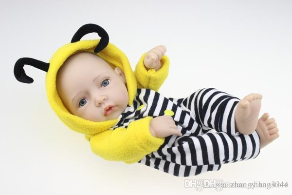 28cm New Silicone Reborn Baby Doll Toys Lifelike Handmade Baby Dolls Baby Home Doll With Animals's Clothes Play House