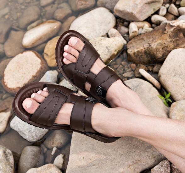 GVC Marka Sandalet Tasarımcı Terlik Yüksek Kaliteli Slaytlar Tasarımcı Ayakkabı Tasarımcısı Huaraches Çevirme Loafer'lar Çizmeler Sneakers 01 tarafından shoe01