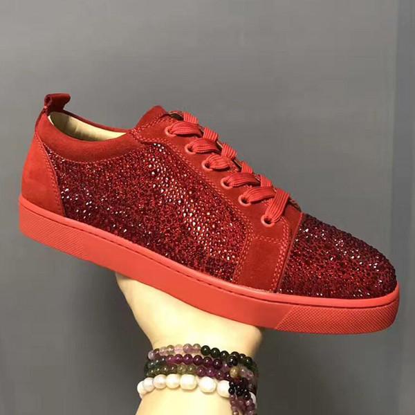 Erkek Tasarımcı Ayakkabı Tasarımcısı Sneakers düşük kesim Spike Flats ayakkabı Erkekler ve Kadınlar Için Kırmızı Alt Deri Sneakers Parti Tasarımcı ayakkabı n021