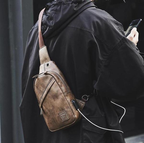 Fábrica outlet marca hombres bolso retro bolsos de hombro de cuero al aire libre de viaje bolsa de mensajero de cuero mochila de ocio simple ciclismo