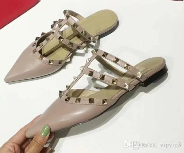 Seven-color summer vacation catwalk shoes design solid color rivets flat-bottomed leather sandals slippers ladies women's shoes waterpr