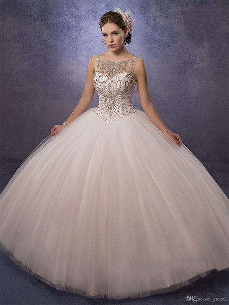 Sheer Sweetheart Neckline Beaded Ball Gown Quinceanera Dresses with Free Jacket Bling Bling Crystaled Sweet 15 Dresss