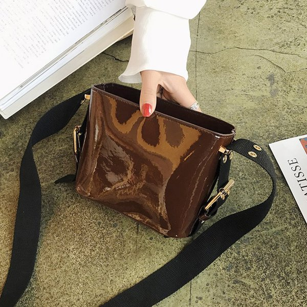 2019 New Women Bag Pu Patent Leather Women Messenger Bag High Quality Casual Female Shoulder Bags Trunk Tote Spanish Brand