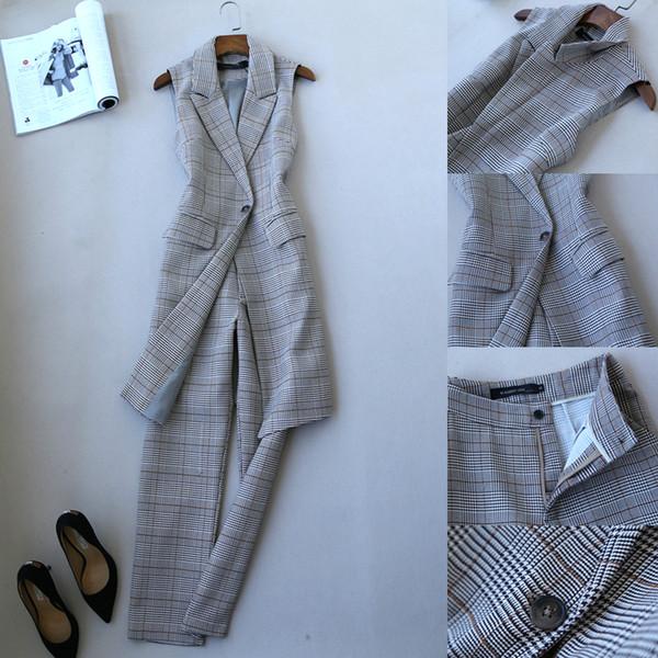 Ropa de mujer Otoño e invierno Nueva moda a cuadros Chaleco Traje Versión coreana de The Ladies Wool Feet Pants Mujeres Conjunto de dos piezas