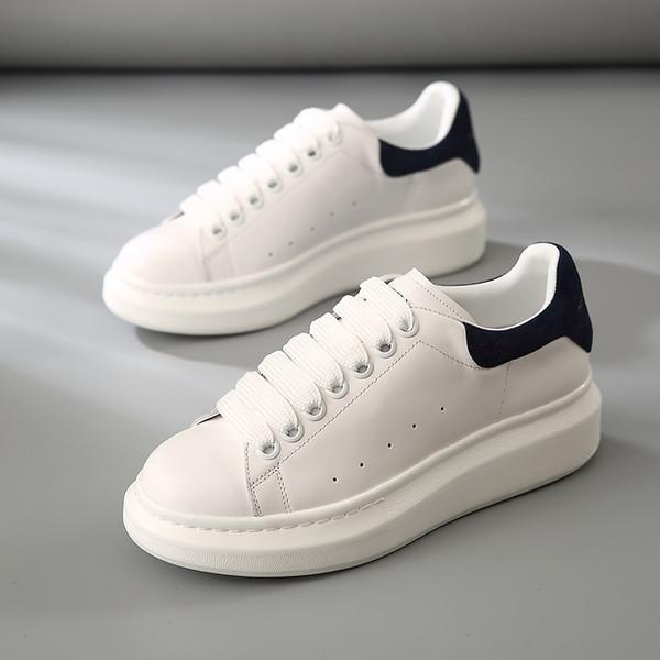 Beyaz Siyah Mens Womens Chaussures Ayakkabı Güzel Platformu Rahat Sneakers Queens Tasarımcılar Ayakkabı Deri Katı Renk Elbise Ayakkabı