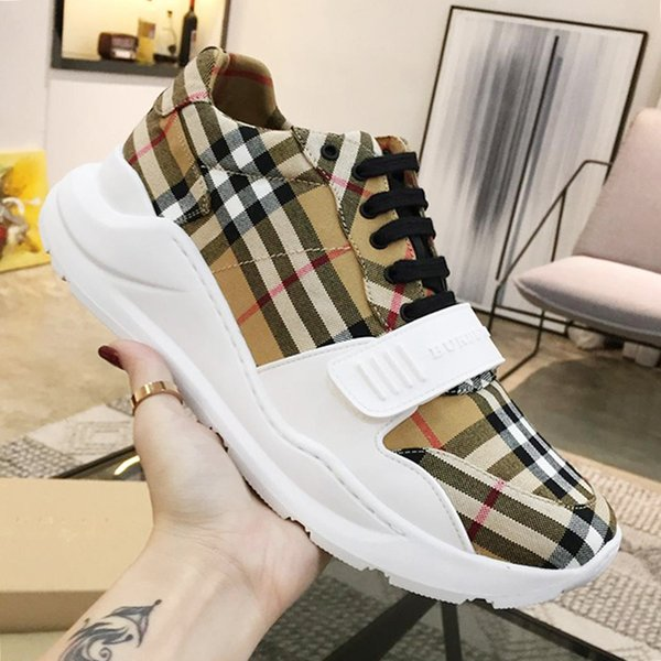 Fashion Vintage Check Cotton Sneakers Mens Shoes Fast Delivery Comfortable Lace-up Low Top Casual Men Shoes Outdoor Walking Soft Footwears
