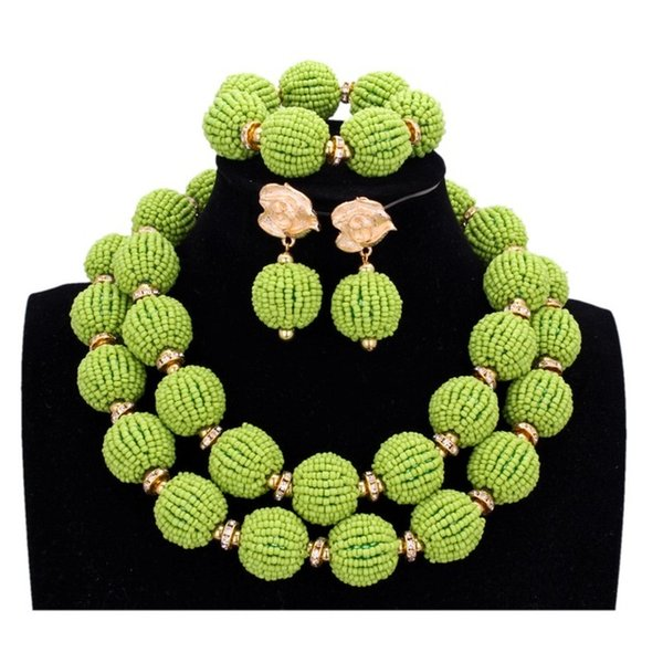 Металлический цвет: Apple Green