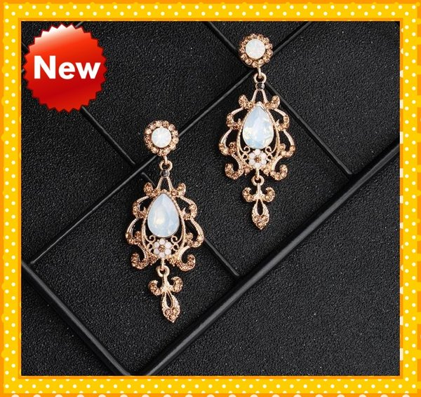 2020 Amazing Gold Designer Rhinestones Wedding Earrings For Bride Jewelry Free Shipping Dusty Rose Gold Style Cheap Bridal Jewelry