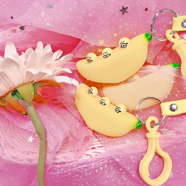 2019 Hot Cartoon Funny Expression Banana KeyRing Cute Decompression Toy Keychain Ring Car Keychain Bag Pendant For Children Women