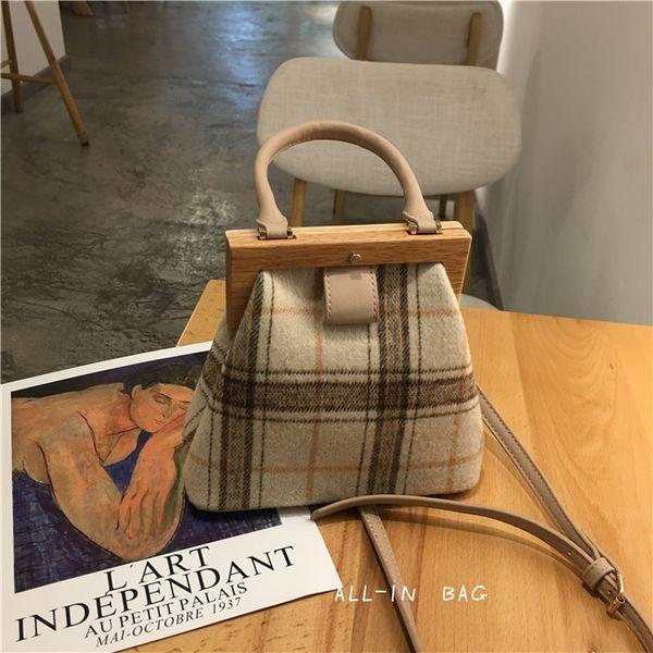 Nuevo bolso de mujer Retro Clip de madera a cuadros Leopardo Hombro femenino Bolsa de mensajero Señora de lujo coreana Monederos Cena Bolsos de embrague