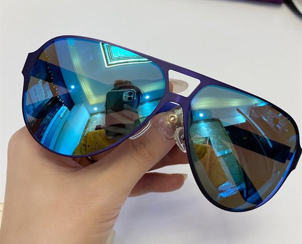 синий с голубым зеркальным объективом