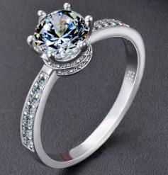 Wedding jewelry women 925 sterling silver princess queen proposed six-jaw diamond ring for girl wedding Christmas festival birthday gift
