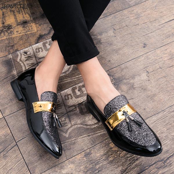 Zapatos de vestir de los hombres del dedo del pie puntiagudo estilo coreano simple clásico de moda del todo-fósforo fuera del partido del zapato de los hombres de alta calidad elegante transpirable
