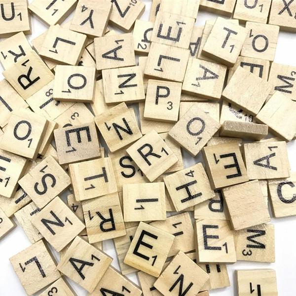 Kids Scrabble Tiles Letter Tiles Interazione educativa precoce Toy Fashion Letter Alfabeto in legno Piastrelle Scrabble Giocattoli in legno per bambino