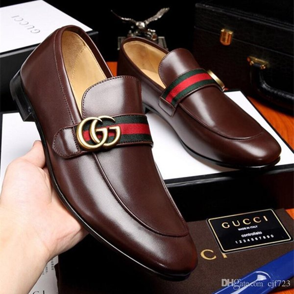 19ss Brand New Hot Sale Men Shinny Glitter Flat Shoes Gold Spike Men Loafers Slip On Rivets Prom Party Wedding Dress Shoes size 38-44