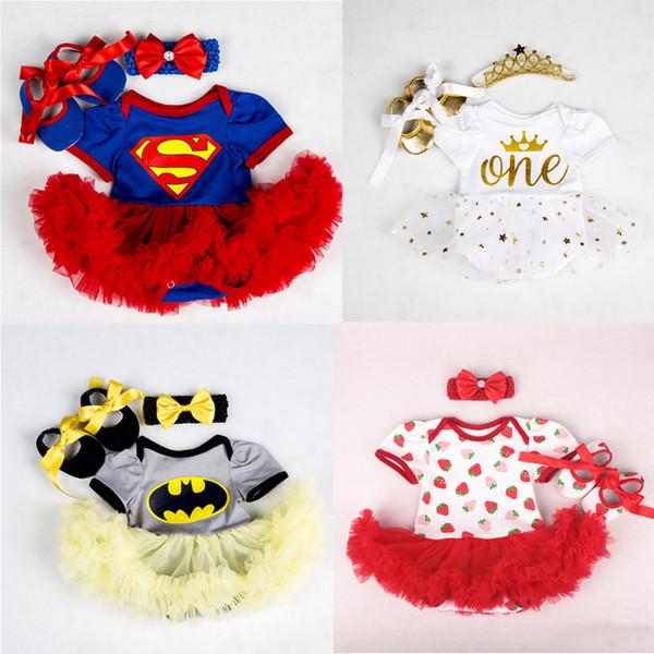 Pamuk Bebek Kız Giysileri Superman Batman Kostüm Yenidoğan Bebek Için İlk Doğum Günü Partisi Tutu Setleri Bebek Bebek Giyim Setleri Y19061303