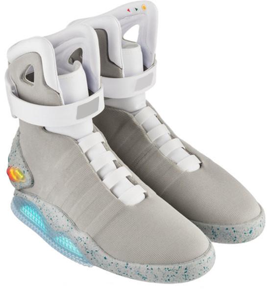 nuevo estilo fb300 80f7e Compre Nuevos Cordones Automáticos Zapatillas De Deporte Air Mag Zapatos De  LED De Marty McFly Regreso Al Futuro Botas En Gris Oscuro Zapatillas ...