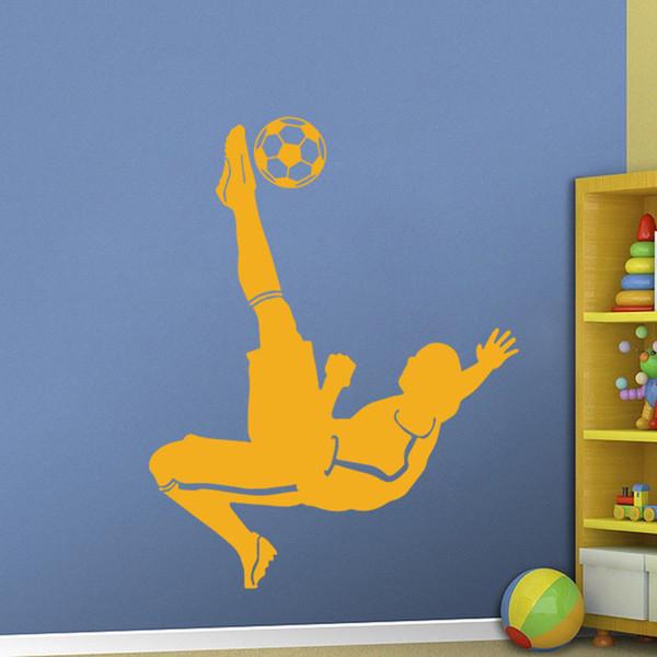 Soccer Goal Kick Giocatore di calcio Vinyl Wall Sticker Decal Ragazzi Kid Room Sport Adesivo Sticker Kids Room Art Decoration