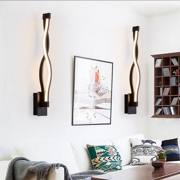 Простая линия Спальня LED Прикроватная настенные светильники современного искусства Настенный светильник Acrylic Коридор Лестница Свет Дизайн Новые поступления