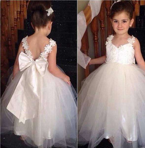 Compre 2019 Encantadores Vestidos Para Niñas De Flores Para Bodas Con Cuello En V De Tul Hasta El Suelo Sin Espalda Vestido De Gala Vestidos De Dama