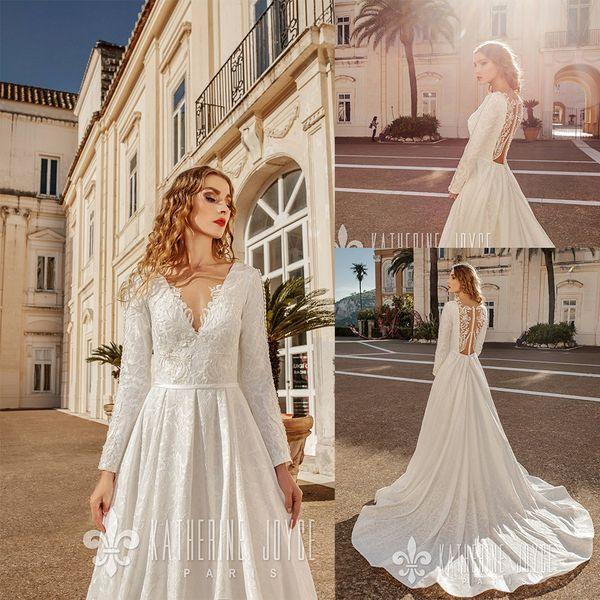 Una simple línea Katherine Joyce boda vestidos de cuello en V sin mangas de tul de encaje apliques Sash acanalada vestidos de boda del tren del barrido robe de mariée