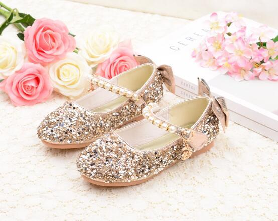 Nuovi Bambini Principessa Perline Sandali Perline Fiore Prom Wedding Prom Formal Shoes Tacchi alti Dress Shoes Party Shoes For Girls