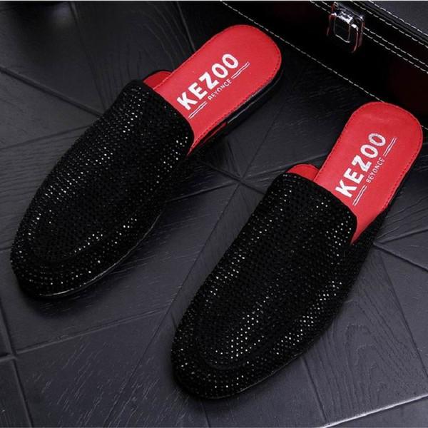 Moda Ileri Erkekler Babouche Ayakkabı İngiliz Lüks Siyah Rhinestone Perçinler Adam Terlik Chic Ayakkabı Erkek Casual Flats Konfor