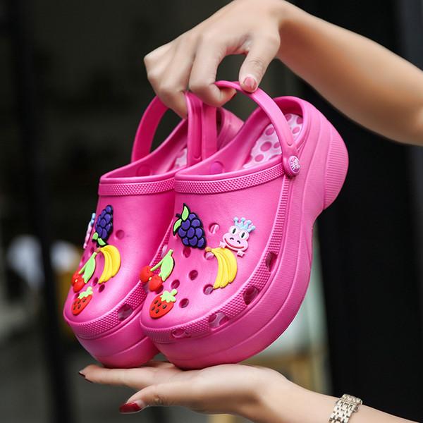 Doces Cores Mulheres Sandálias Tamancos Mulas EVA 2019 Verão Chinelos de Praia Sapatos de Jardim Moda Chinelos Ao Ar Livre Plataforma Chinelo Feminino