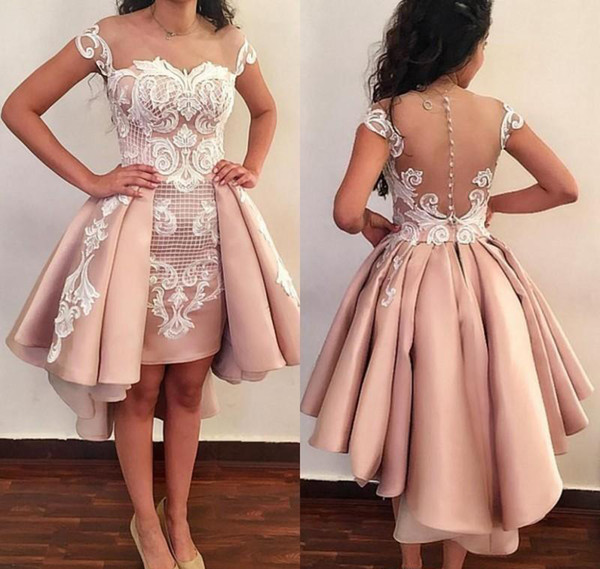 2019 Short Cocktail Dresses Sexy Off The Shoulder White Lace Applique Backless Prom Gowns For Graduation Homecoming Wear