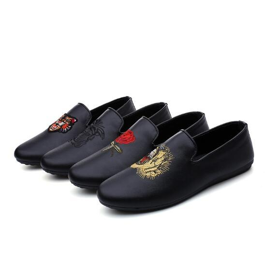 Red Bottoms Loafers Black Men's Shoes Non-slip Men's Casual Flats Fashion Men's Breathable Moccasin Loafers Casual Shoes 3A