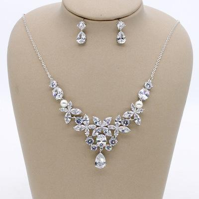 Simple bridal banquet wedding dress accessories set/explosion bride zircon necklace earrings two sets / into the store to choose more styles