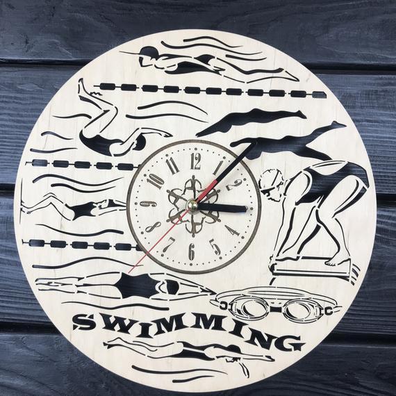 Schwimmen Wanduhr aus Holz Home Decor hängen Ornament Sport Geschenke einzigartige Kunst Küche Kinder Büro Zimmer Weihnachten Geburtstag Schwimmen Uhr