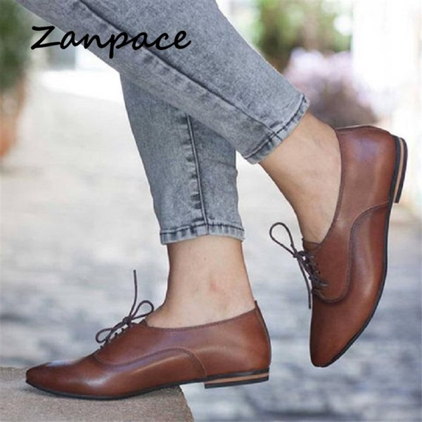Nuevo Gran tamaño 43 Botas de mujer Zapatos poco profundos Zapatos planos con cordones planos de primavera Botines de tacón bajo con punta puntiaguda para mujer