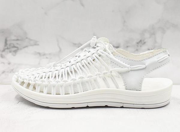 Venta caliente de las mujeres Sandalias Suaves Romanas Cómodas Pequeñas zapatillas blancas de verano zapatos de vadeo de alta calidad diseñador transpirable zapatos aguas arriba 6dgd