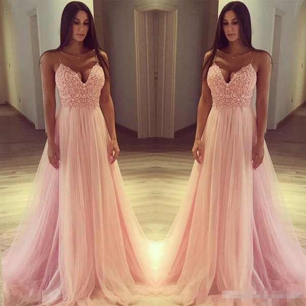 2018 Beautiful Pink Cheap Evening Dresses Spaghetti Straps Lace Appliques A Line Tulle Prom Gowns Formal Party Wear