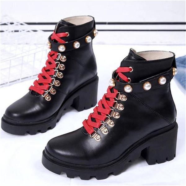 Fashion Leather Star Women Shoes Woman Leather Short Autumn Winter Ankle Designer Fashion Brand Women Shoes B42