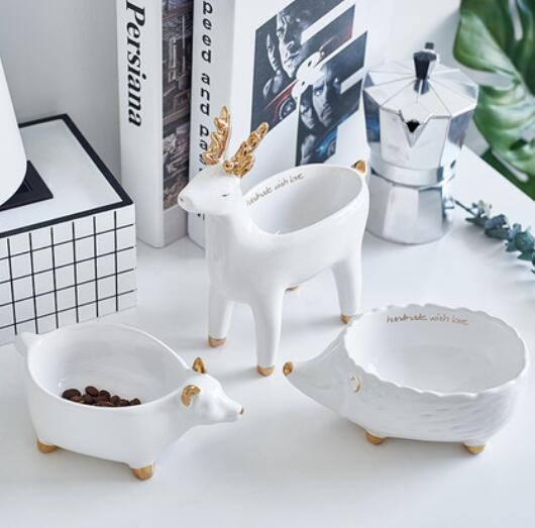 Modern minimalist white animal ceramic bowl children's room bedroom coffee table cabinets trinkets ornaments