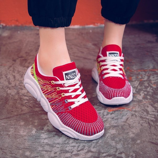 Sexy2019 Motion Flat Ventilation Women's Soft Bottom Light Net Woman Bodybuilding Walking Shoes Network Noodles