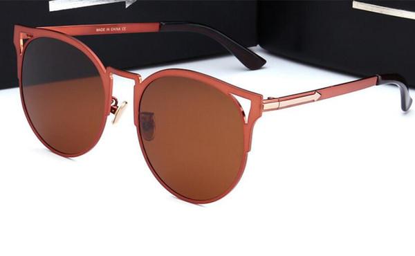 Nouveau rétro hommes et femmes lunettes de soleil polarisées cadre en métal lunettes de soleil haut de gamme dames lunettes tendance modèles 18004 lunettes de marque