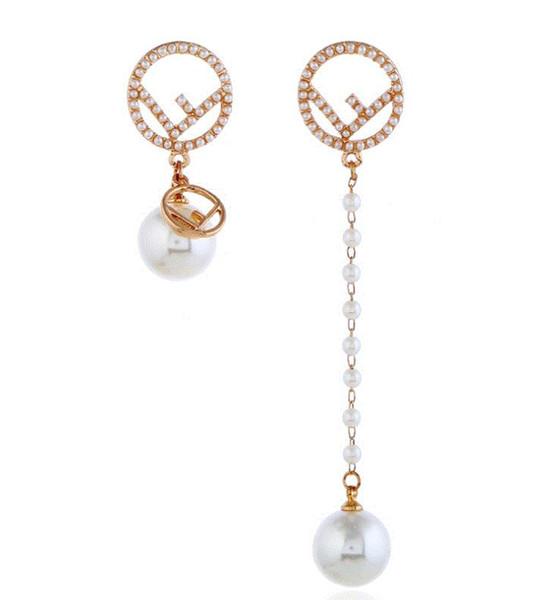 2019 new asymmetric tassel letter earrings net red explosion models pearl Europe and asymmetrical earrings earrings