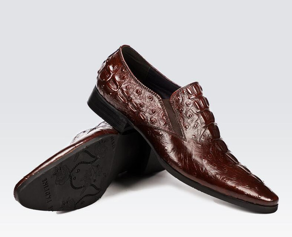 Cuero repujado Vino tinto Hombres Goodyear Oxfords Zapatos Zapatos de vestir de boda para hombres Fiesta Oxfords Zapatos DA025