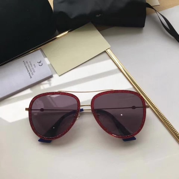 Gucci GG0062 Venta al por mayor-BOUTIQUE Moda multicolor Nuevo mercurio Espejo gafas hombres gafas de sol mujeres masculinas mujeres gafas de sol de oro ronda OCUL