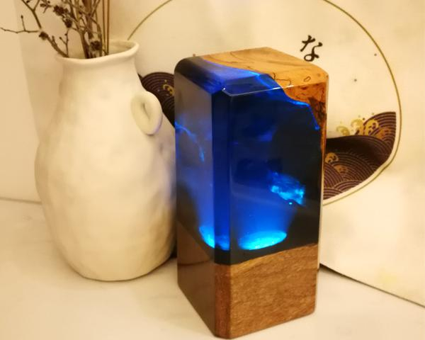 2020 tavolo marca della lampada di nuovo sotto del mare oceano creativo in resina epossidica di legno unico lato del letto luce ambientale illuminazione a led fabbrica all'ingrosso
