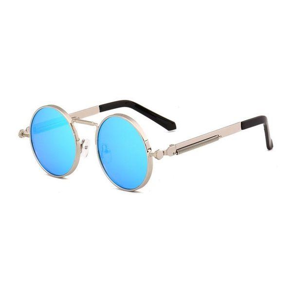 مرآة زرقاء
