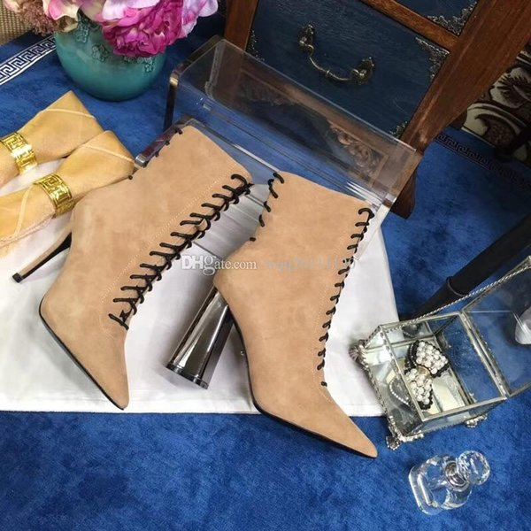 2018 European Luxury Brand Women Button Belt Suede Ankle Boots Med Heel High Quality Chunky Shoes Fashion Designer Short Booties