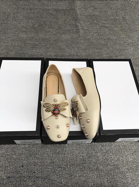 Дизайнерские женские кожаные балетки Обувь с бантом Жемчуг Пчелиные мокасины Женщины Девушки Весна Лето Плоские сандалии Loafer 34-40 с коробкой