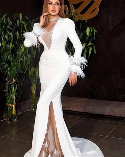 tüy tasarım Örgün Balo Abiye Giyim 2020 lüks Arapça beyaz denizkızı balo elbise seksi yüksek bölünmüş gece elbisesi uzun kollu