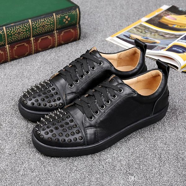 Fashion Designer Spikes Flats shoes Red Bottom Shoes For Women Mens Party Lovers Genuine Leather Sneakers